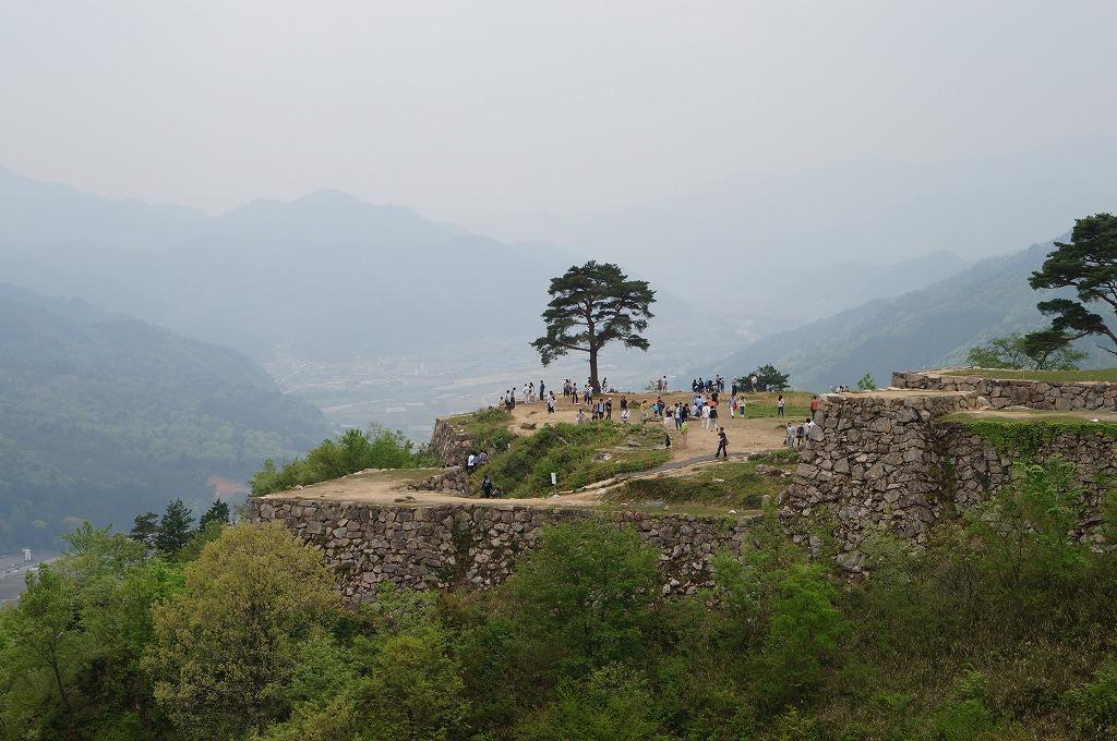 日本のマチュピチュ、天空の城「竹田城跡」